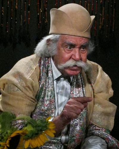 استاد محمود اسكندری خواننده، تاریخدان و بازیگر پیشكسوت قشقایی